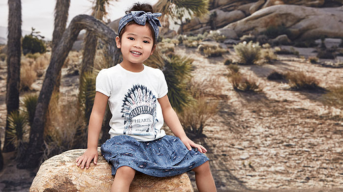 Minymo Scandinavian childrenswear brand Minymo make quality clothing your little ones will love to play in! This debut sale includes t-shirts, dresses and bodysuits.