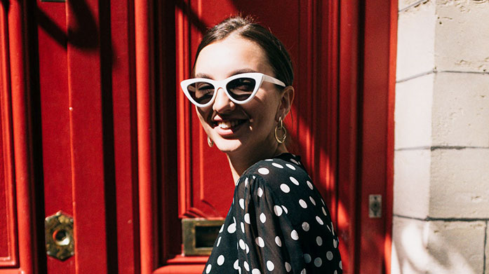 The Best of Sunglasses for Her Find your frame in this women's designer sunglasses sale from the likes of Dior, Fendi, Gucci, Chloe and Bottega Veneta.