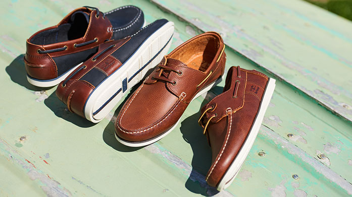 Jones Bootmaker Men's Collection Cut a stylish figure this summer wearing quality shoes by Jones Bootmaker. Our new men's collection has sandals, loafers and boots.