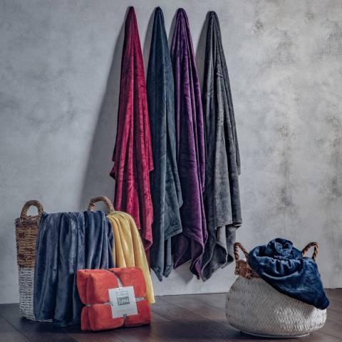 Gallery Plum Flannel Fleece Throw 140x180cm