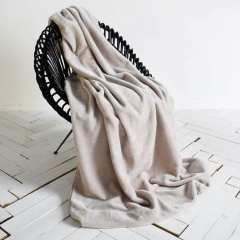 Kilburn & Scott Natural Ultimate Fleece Throw 150x210cm