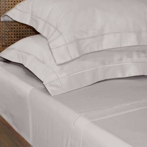Gallery Pair of Two Ivory Chelsea Oxford Pillowcases