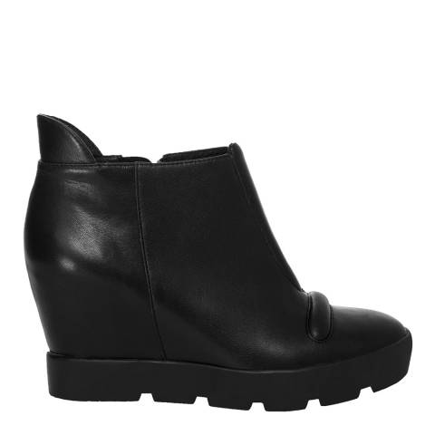 Leon Max Collection Black Leather Zest Lug Sole Wedge Bootie