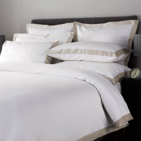 Hotel Living 800TC Wide Border Double Duvet Cover, Flax/White