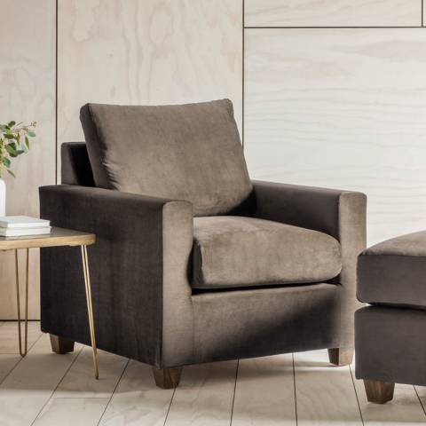Gallery Stratford Armchair in Brussels Taupe