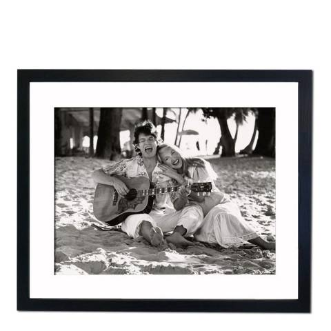 51 DNA Mick Jagger and Jerry Hall at St Peter's Barbados, Framed Art Print