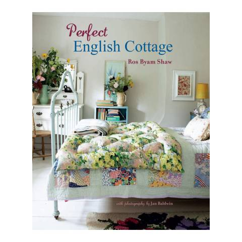 Ryland, Peters & Small Perfect English Cottage