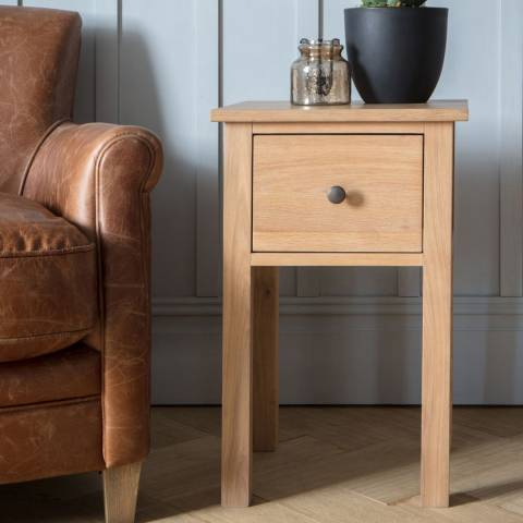 Gallery Hadlow Side Table Oak