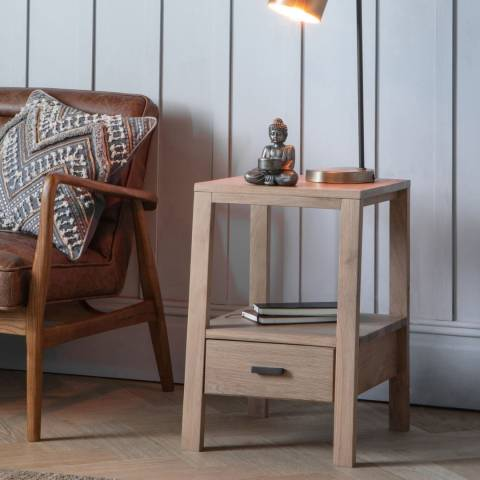 Gallery Sherwood Oak Side Table