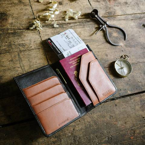 Stanley Black/Tan Leather Travel Wallet with Pen