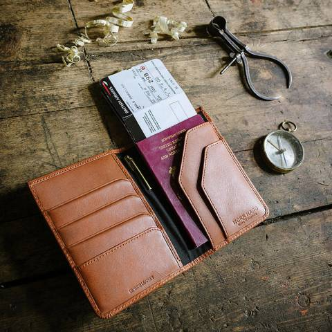 Stanley Tan Leather Travel Wallet with Pen