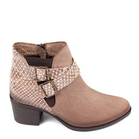 Gön Sand Leather Snake Print Ankle Boots