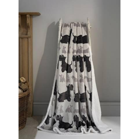 Deyongs Kenilworth Printed Flannel Sherpa Throw 140x180cm