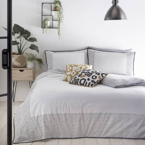N°· Eleven Dottie Double Duvet Cover Set, White