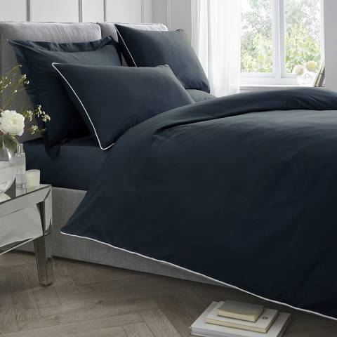 N°· Eleven Contrast Piping Double Duvet Cover Set, Navy/White