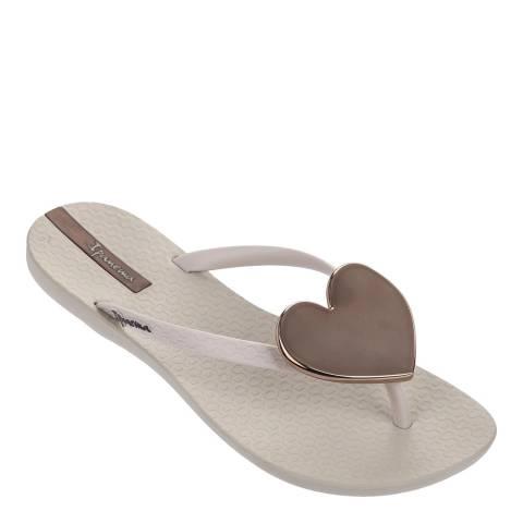 Ipanema Ivory Maxi Heart 21 Flip Flops