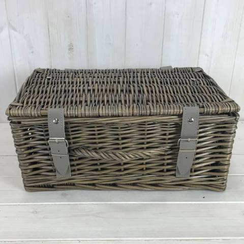 The Satchville Gift Company Set of Two Hampers In Antiqued Willow