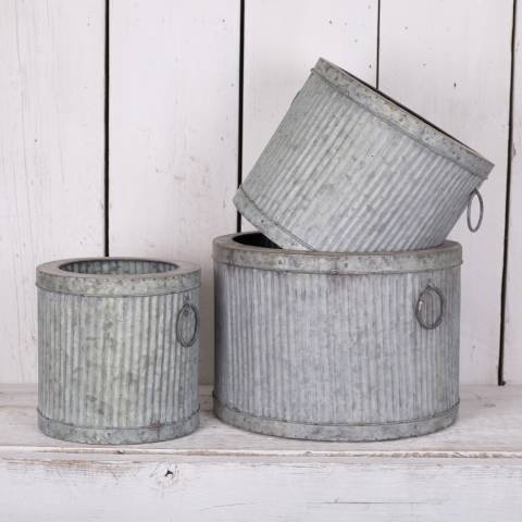 The Satchville Gift Company Set Of 3 Ribbed Metal Planters