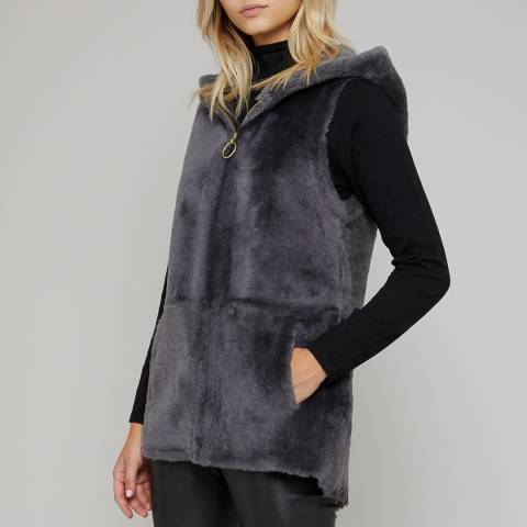 N°· Eleven Grey Shearling Hooded Gilet