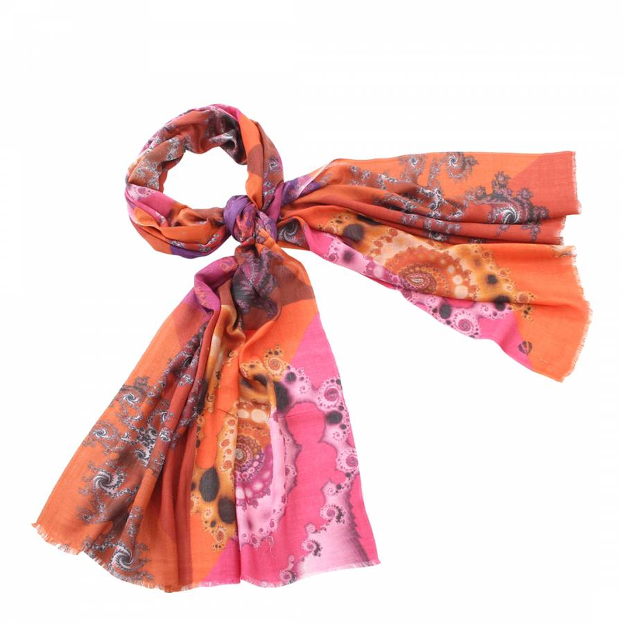 Scarf It Up: A Timeless Accessory That Exudes Elegance