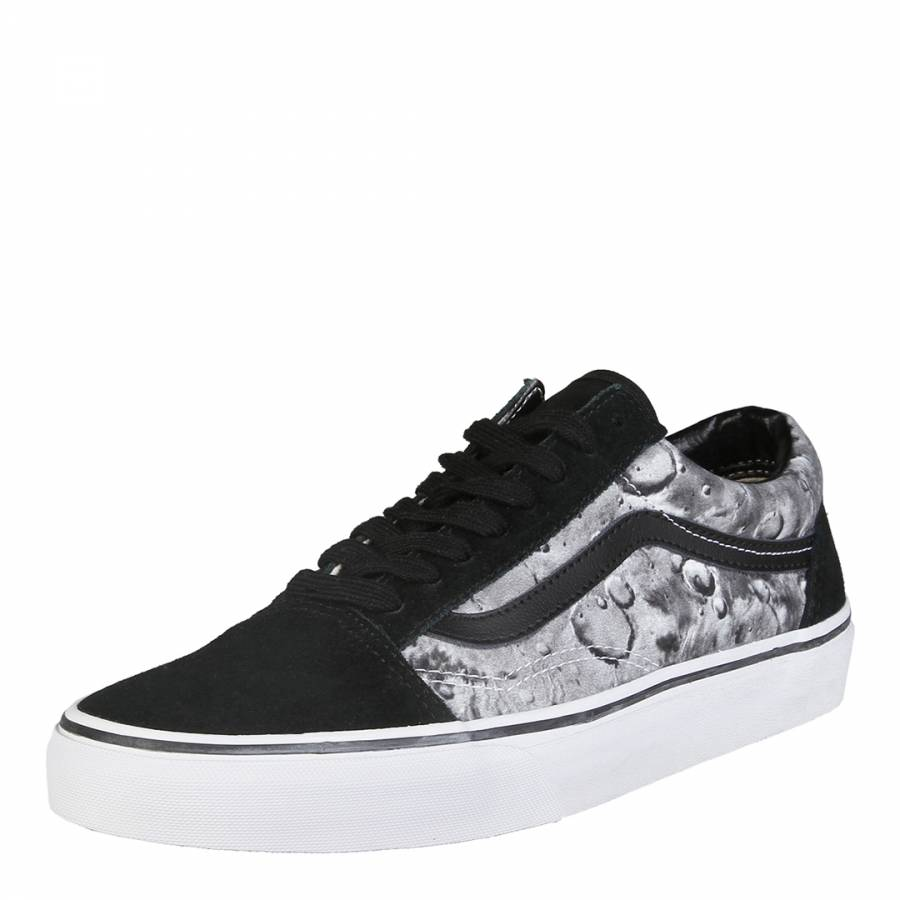 7a1542b192 Unisex Black And Moon Print Suede Old Skool Low Top Lace Up - BrandAlley
