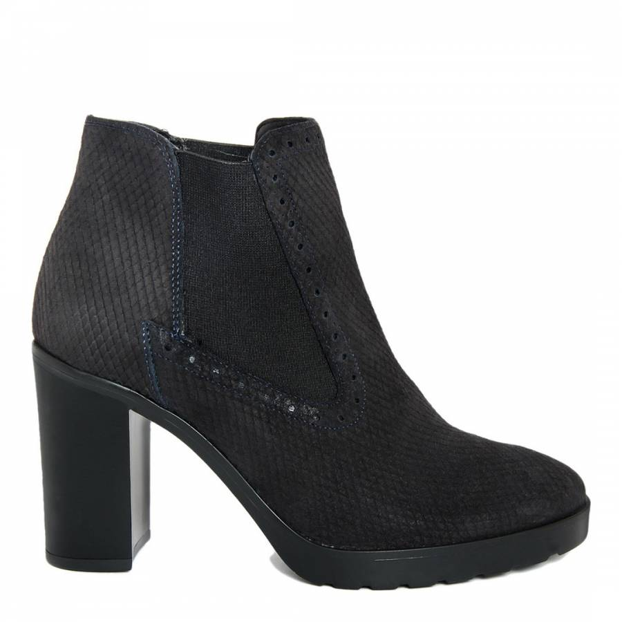 river suede chelsea ankle boots brandalley