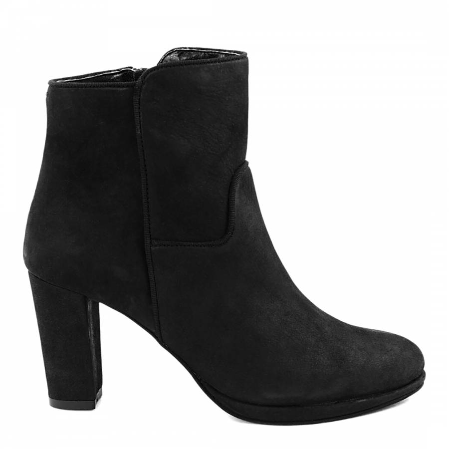 8fe2e713657 Black Leather Nab Country Heel Ankle Boots
