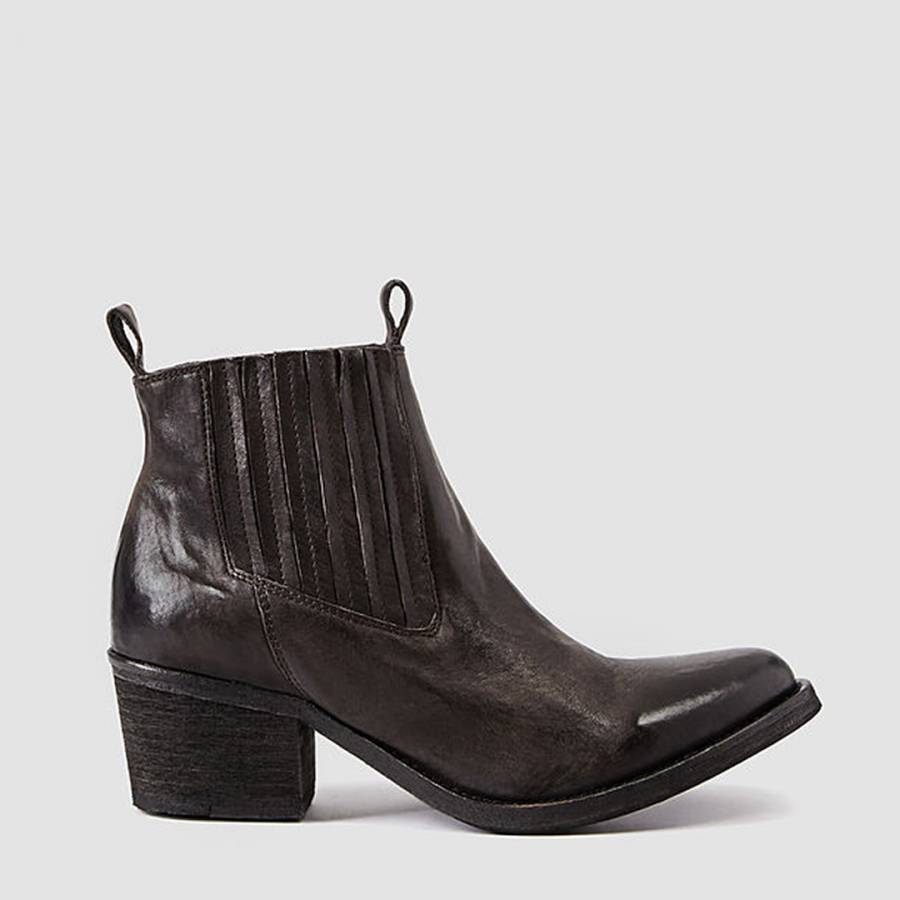 48206e98b577 Brown Leather Bonny Valley Boots - BrandAlley