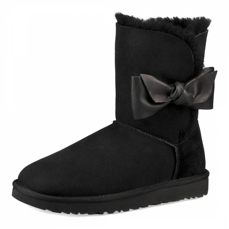 b7108a981ba Black Suede Sheepskin Daelynn Boots - BrandAlley
