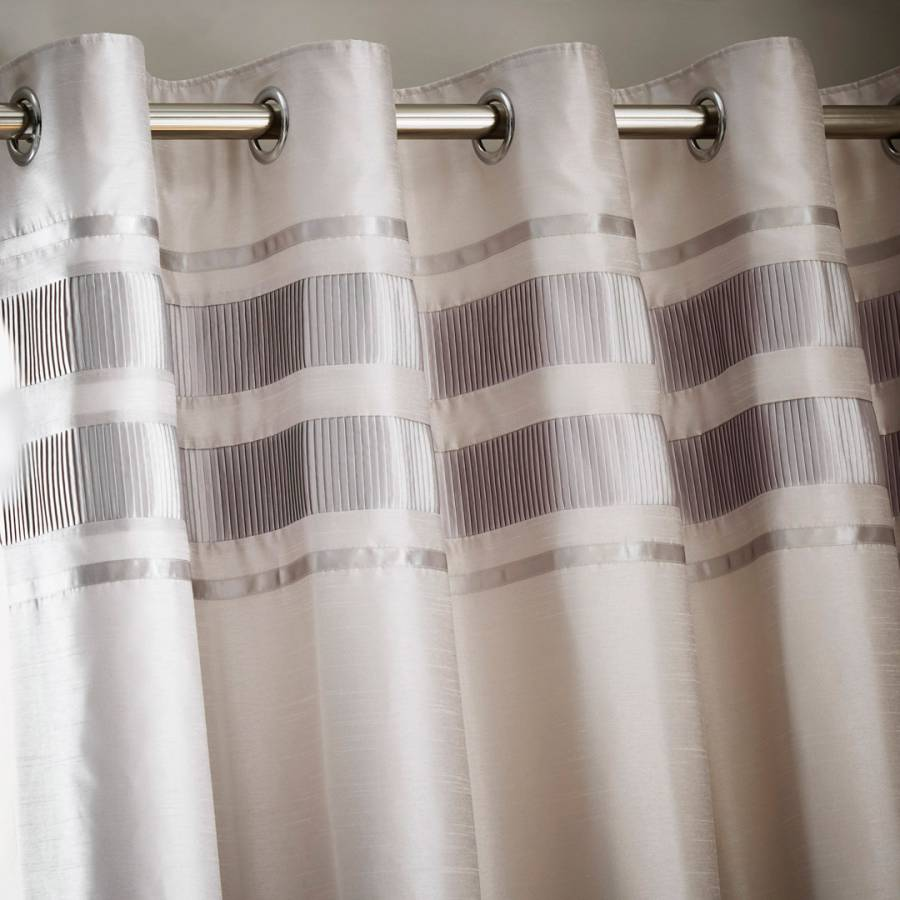 Vanguard Detroit Pair Of 168x229cm Curtains White Silver