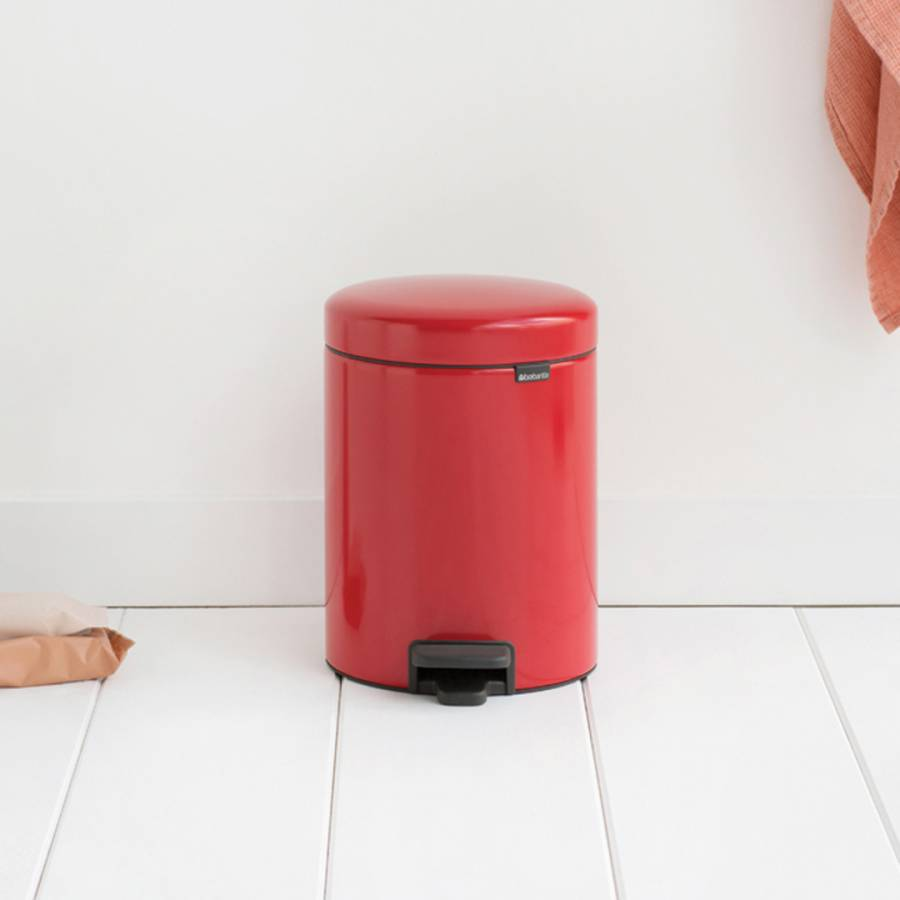 Image of Passion Red NewIcon Pedal Bin 5L