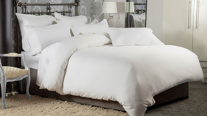 Hotel Suite Bedding
