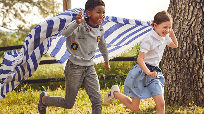 Ralph Lauren Kidswear Treat the kids to some classic threads from our latest Ralph Lauren kids sale. Our childrenswear edit has polo shirts, tees, trousers and knitwear for boys and girls.