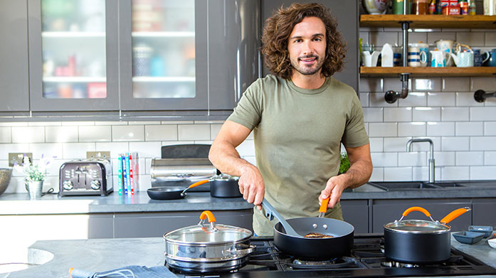 Joe Wicks & Meyer Cook up tasty, healthy food and meal prep like a boss with cookware and utensils from Joe Wicks and Meyer.