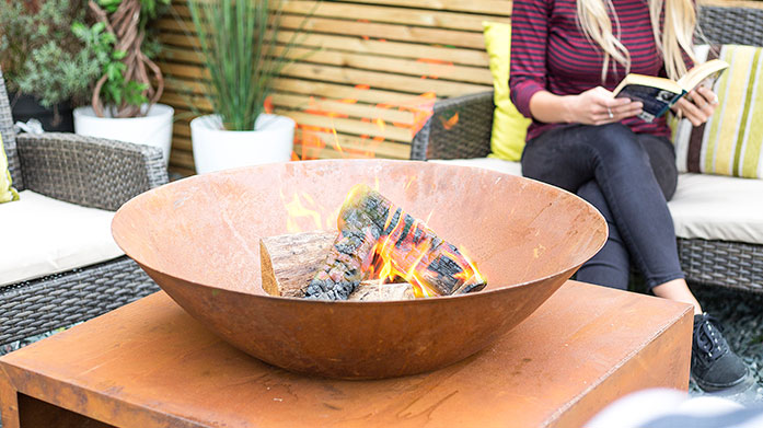 La Hacienda Cooking & Heating Entertain alfresco this summer with La Hacienda's collection of electric heaters, steel fire bowls and outdoor grills.