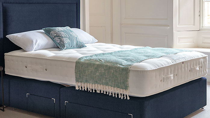 Luxury Handmade Mattresses by Gallery Decadent cashmere and silk is combined with wool and alpaca then hand finished with tufted fabric to ensure an indulgent night's sleep.