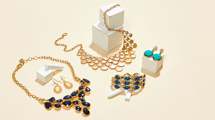 Spring Jewellery Discover our curation of fine jewellery set with sparkling stones, the perfect addition to your spring wardrobe.