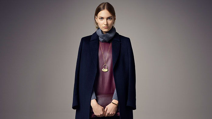 Jaeger Womenswear Refresh your autumn wardrobe courtesy of Jaeger. Shop wool coats, cosy knitwear, long-sleeved dresses, tailored trousers and more.