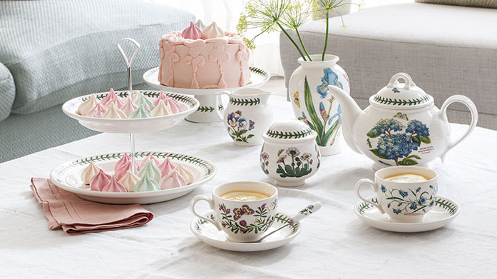 Portmeirion Botanic Garden Classic Make everyday occasions special with Portmeirion's ceramic Botanic Garden collection featuring tableware, glassware and accessories.