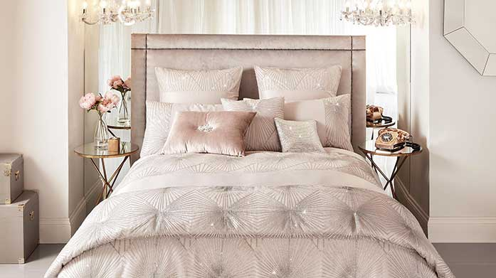 Kylie Minogue Bed Linen Like the lady herself, Kylie Minogue's bedding collection is elegant and eye-catching with signature sparkle.