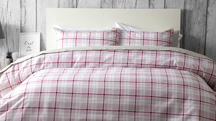 Cosy Brushed Cotton Linen Belledorm's cosy brushed cotton linens, including duvet covers, sheets and pillowcases, is the perfect winter warmer.
