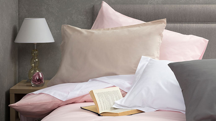 Easycare Non-Iron Linens This easy care bed linen from Belledorm is a great time saver as it needs little to no ironing yet provides a beautiful long-lasting soft feel.