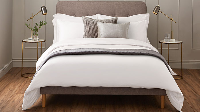 600 Thread Count Linens Envelop yourself in pure comfort with these luxuriously soft 600 thread count linens, including duvet sets, fitted sheets and pillowcases.