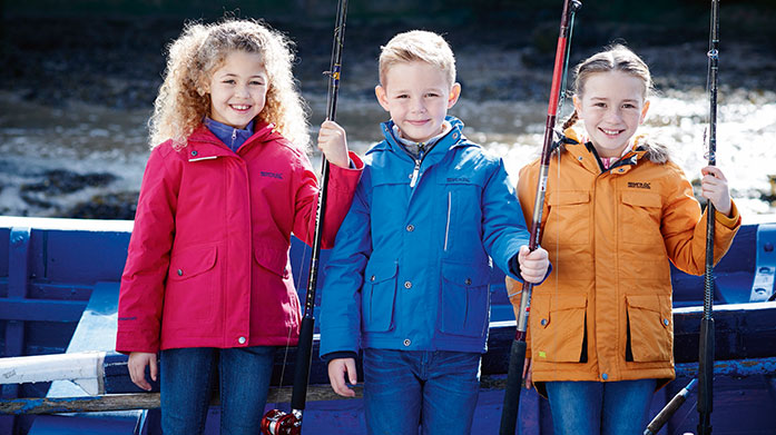 Regatta Kids Get active with the kids with a little help from Regatta. Shop padded coats, waterproof jackets, knitwear and knitted accessories.