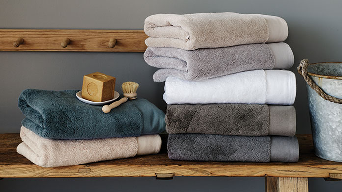 Sheridan Towels Cocoon yourself in pure luxury with these opulent towels from Sheridan, renowned for their superior softness and absorbency.