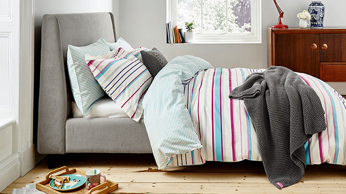 Joules Bed Linen When it comes to brightening up your bedroom, there's no better way to do it than with our latest bedding collection from Joules.