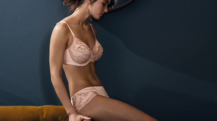 Wacoal Wacoal's beautiful and classic lingerie balances great fit and function with unique design.