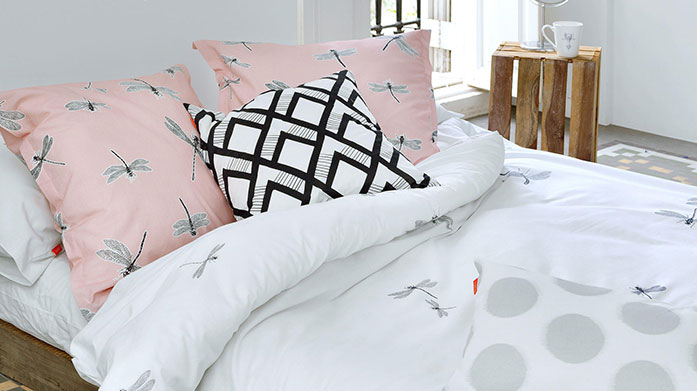 Blanc Bed Linen Discover luxury bed linen in a range of chic colours and prints. Shop duvet sets, cushion covers and more.