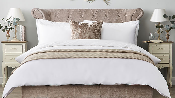 Hotel Living 600TC Linens This range of lavishly luxurious 600 thread count linens offer an opulent feel, exquisite handling and a sensational finish.