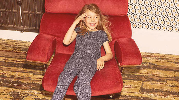 Jigsaw Girlswear Explore our Jigsaw girls' sale and discover perfect pieces for your little one's wardrobe. Shop pretty party dresses, casual separates and soft knitwear.